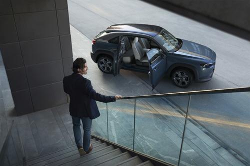 Mazda MX-30 elbil 2020